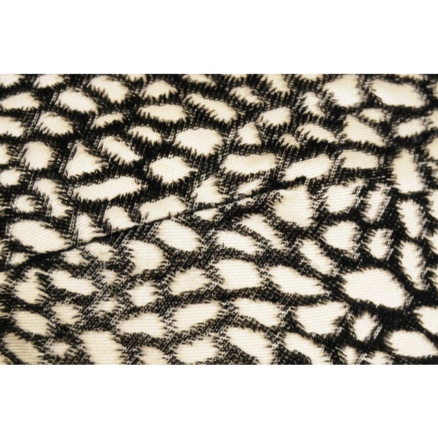 Black and White Voided Velvet on Cream Satin Muff For Sale - Image 4 of 5