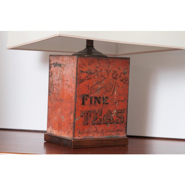 Antique Fine Teas Table Lamp For Sale - Image 4 of 8