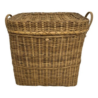 Vintage Rattan Lidded Rectangular Storage Basket For Sale