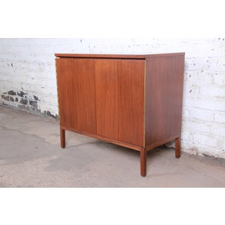Paul McCobb for Calvin Irwin Collection Mahogany Sideboard Credenza or Bar Cabinet, Newly Restored Preview