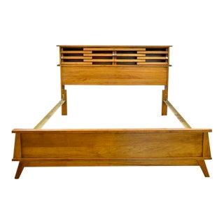 1950s Mid Century Modern Wooden Bedframe For Sale