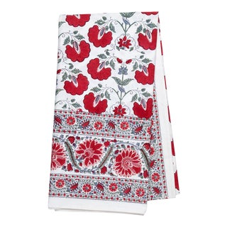 Janvi Red Tablecloth, 10-Seat Table For Sale