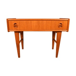 1960s Vintage Danish Mid-Century Modern Teak Nightstand For Sale