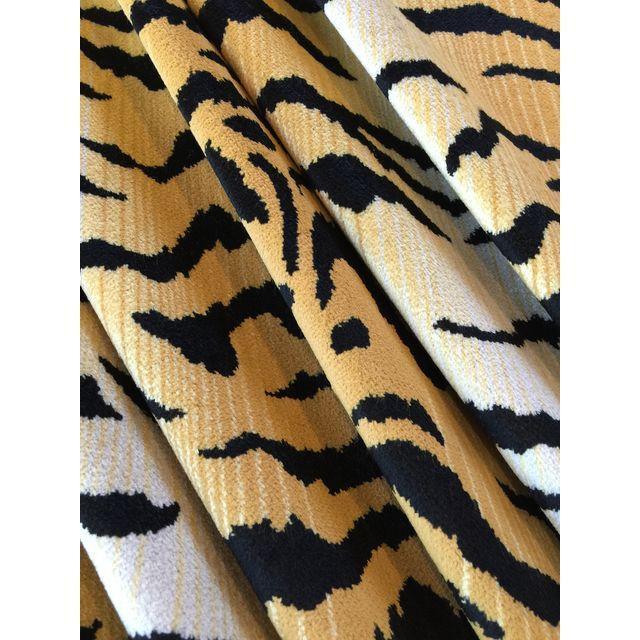 David Sutherland City Kitty Velvet Fabric - 3 Yard - Image 4 of 5