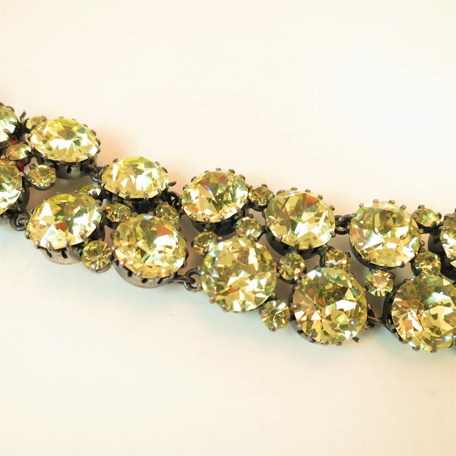 Austrian Hand-Made Canary Crystal Link Bracelet 1950s For Sale In Los Angeles - Image 6 of 13