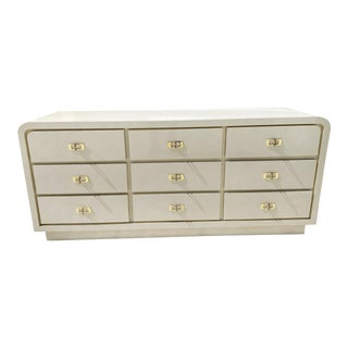1986 White Lacquer Nine Drawer Waterfall Cradenza For Sale