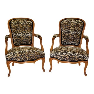 Lovely Pair of Louis XV Style Fauteuils or Chauffeuses in Leopard Chenille, 1960s