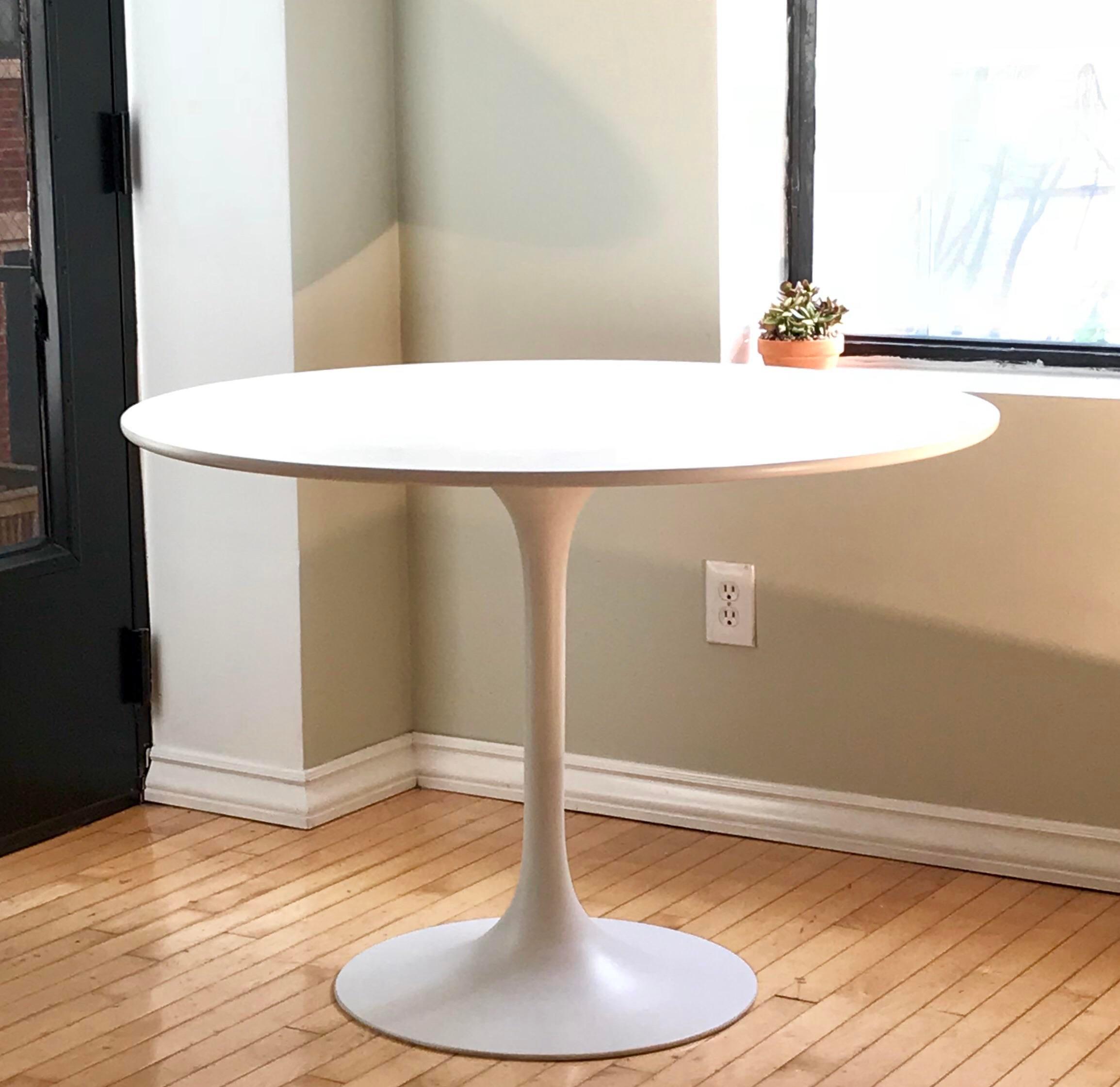 Superbe Mid Century Burke Tulip Table For Sale In Cincinnati   Image 6 Of 6