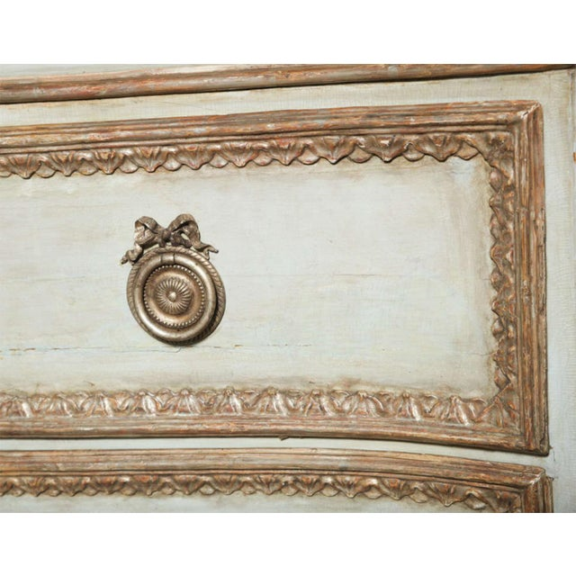 Late 18th Century Important Italian Neoclassic Painted and Parcel-Gilt Commode For Sale - Image 5 of 9