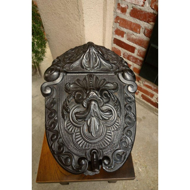 Late 19th Century Antique French Gothic Victorian Cast Iron Fireplace Coal Hod For Sale - Image 5 of 11