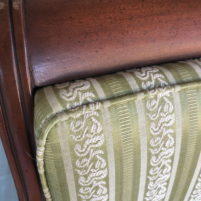 Federal Vintge Traditional Wooden Accent Chair For Sale - Image 3 of 6