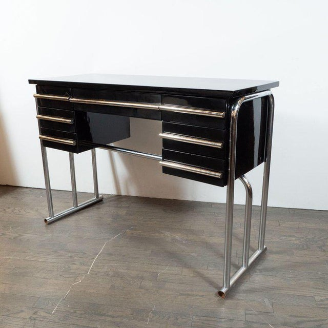 Art Deco Machine Age Chrome & Black Lacquer Writing Desk / Vanity For Sale In New York - Image 6 of 11