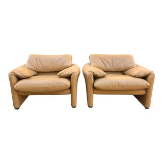 "1980s Vintage Vico Magistretti ""Maralunga"" Chairs for Cassina - a Pair For Sale"