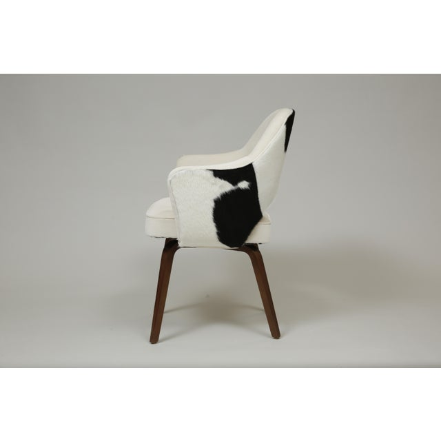 Knoll Knoll Saarinen Cowhide Executive Armchair For Sale - Image 4 of 7