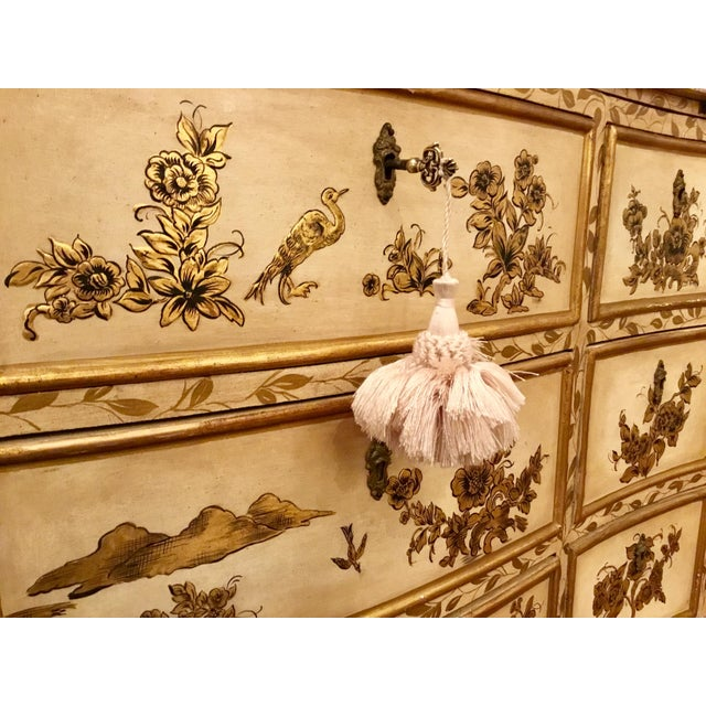 Vintage Cream Chinoiserie Painted Chest For Sale - Image 4 of 8