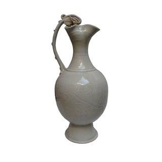 Chinese White Porcelain Flower Vase For Sale
