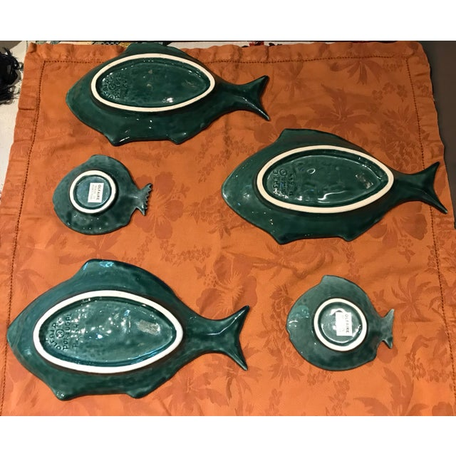 Green Vintage Olfaire Majolica Ceramic Fish Serving Dishes - Set of 5 For Sale - Image 8 of 11