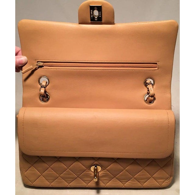 Chanel Chanel Vintage Tan 10 Inch 2.55 Double Flap Classic Shoulder Bag For Sale - Image 4 of 12