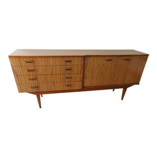 1960s Mid-Century Modern Teak Sideboard Media Credenza For Sale