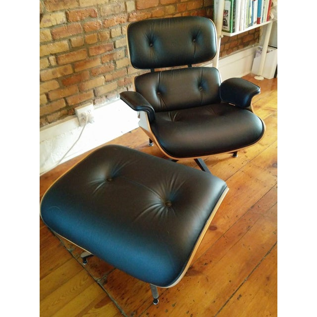 Eames Lounge Walnut & Black Leather Chair & Ottoman - Image 2 of 8