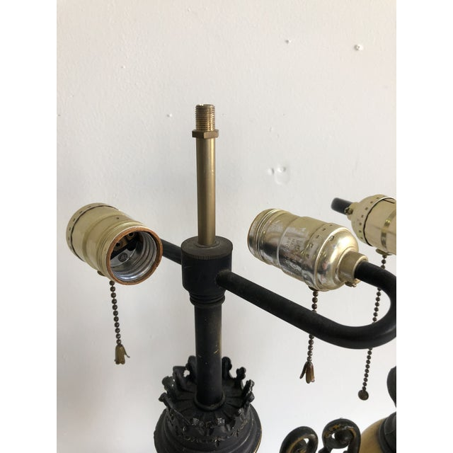 Italian Pair of Vintage Italian Tole Urn Lamps Black & Yellow For Sale - Image 3 of 5