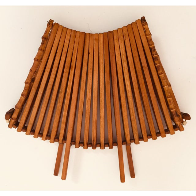 Asian Japanese Mid Century Folding Bamboo Basket With Handle For Sale - Image 3 of 12