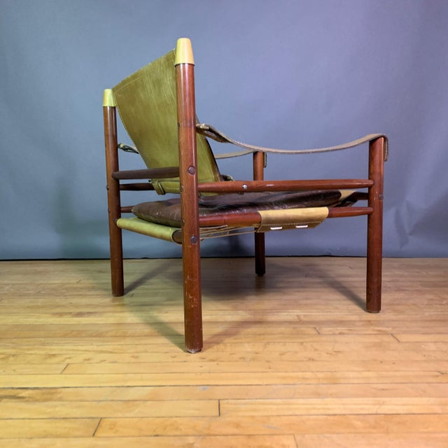 "1980s Arne Norell ""Sirocco"" Leather Safari Chair Sweden For Sale - Image 5 of 12"