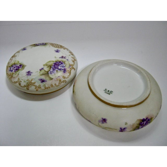 Antique Limoges France Hand Painted Violets & Gilt Box - Image 6 of 7