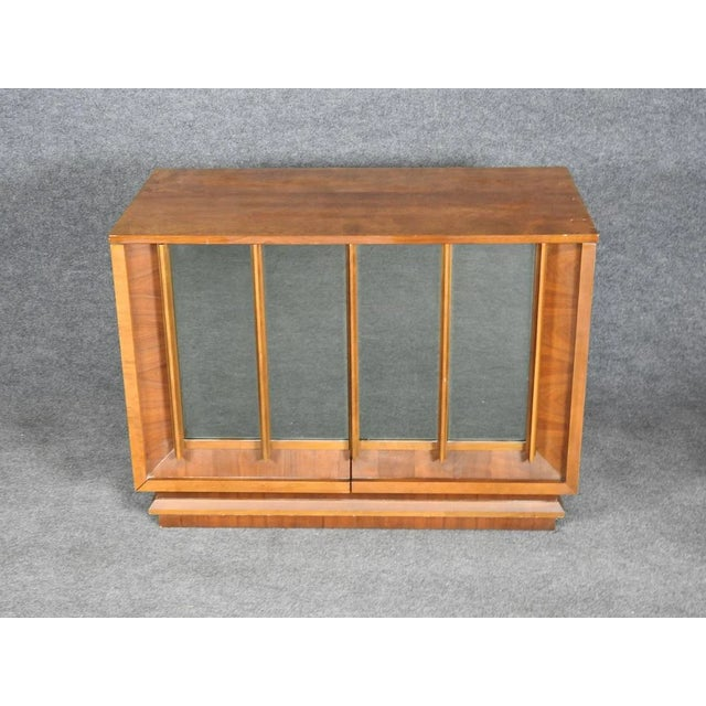 1960s Mid-Century Modern Walnut Credenza With Mirror Doors For Sale - Image 6 of 6