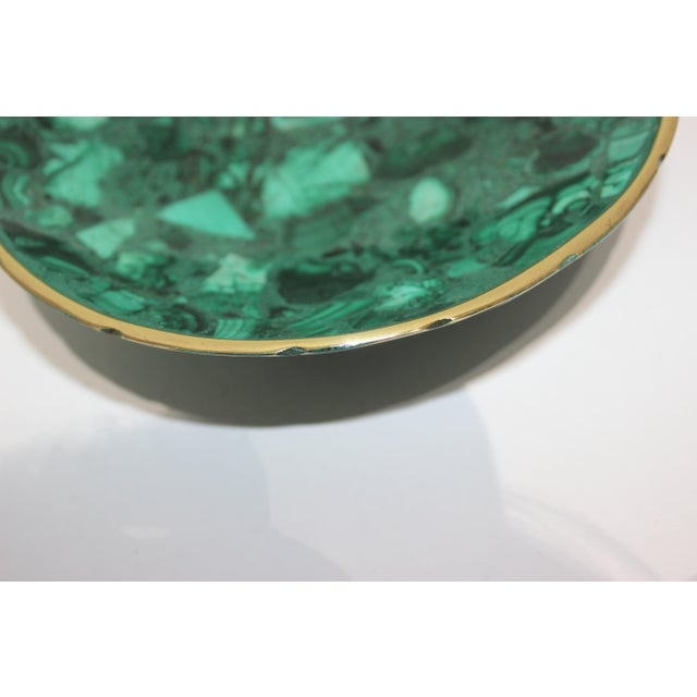 Mid 20th Century Hand-Crafted Malachite Bowl With Scalloped Brass Edging For Sale - Image 5 of 12