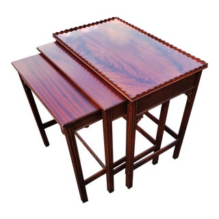 Antique English Mahogany Chippendale Nesting Tables - Set of 3 For Sale