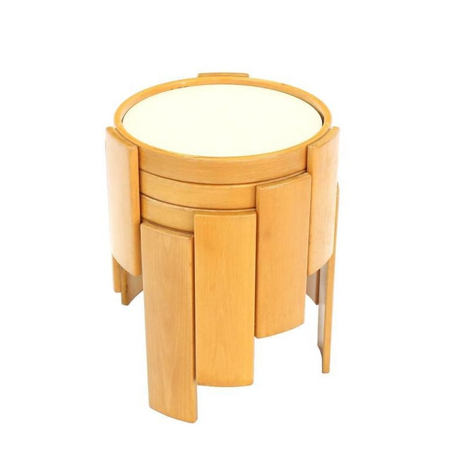 Tan Cassina Set of Four Nesting Round Tables For Sale - Image 8 of 9