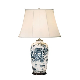 English Traditional Willow Ceramic Table Lamp For Sale