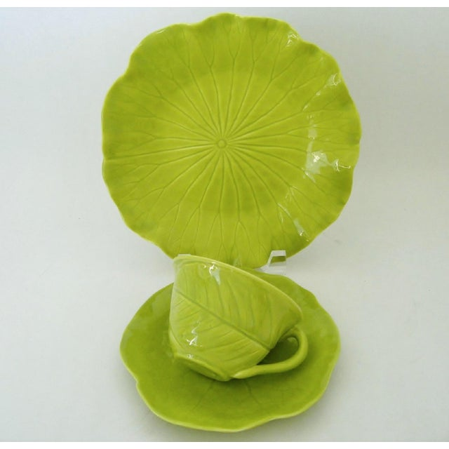 Chartreuse Porcelain Tea Service, 22 Pieces For Sale - Image 4 of 10