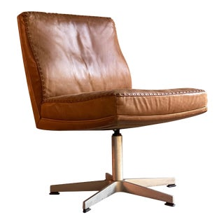 De Sede DS 35 Executive Swivel Desk Chair, Switzerland, circa 1960 For Sale