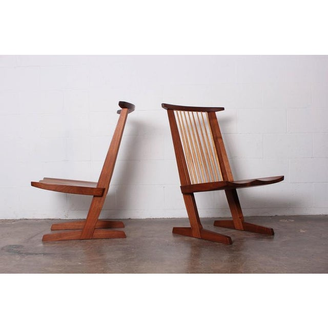 Wood Pair of Conoid Lounge Chairs by George Nakashima For Sale - Image 7 of 10