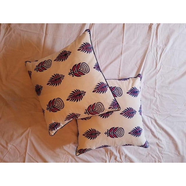 "2010s Roberta Roller Rabbit 22"" Nala Throw Pillows - a Pair For Sale - Image 5 of 5"