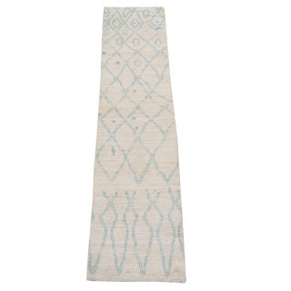 "White and Blue Moroccan Wool Runner - 2'4""x10'1"" For Sale"