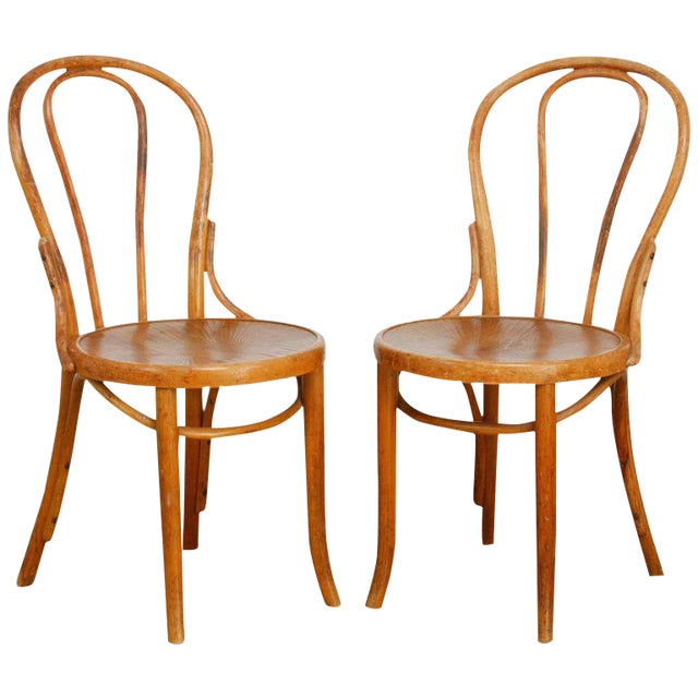 Michael Thonet No. 18 Bentwood Viennese Cafe Chairs - a Pair For Sale