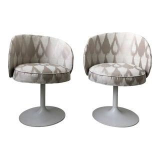 1960s Vintage Eero Saarinen Inspired Tulip Chairs - a Pair For Sale
