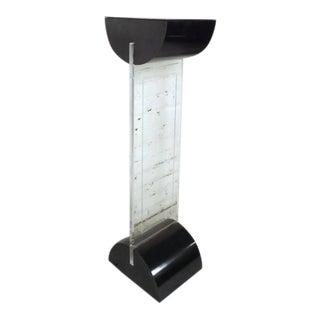 Vintage Modern Lucite Pedestal For Sale