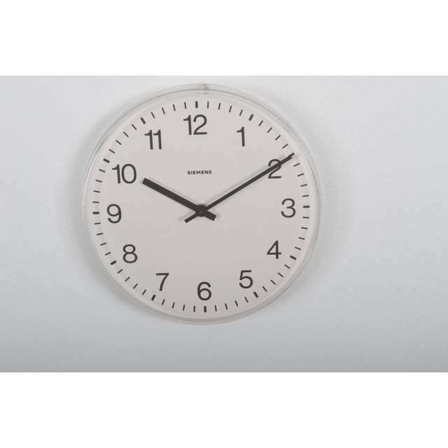 Siemens Factory, Workshop or Train Station Clock For Sale - Image 6 of 6