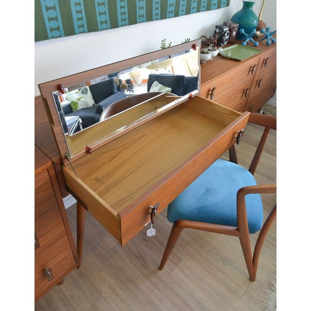 Stanley Young Glenn of California Vanity Table For Sale In Los Angeles - Image 6 of 7