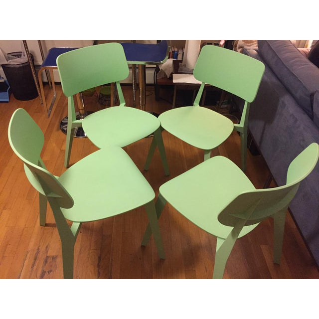 Mid-Century Modern Set of Four Nuans Stellar Dining Chairs in Mint For Sale - Image 3 of 3