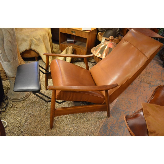 Mid 20th Century Vintage Mid Century Milo Baughman for Thayer Coggin Tighten Up Recliner Armchair Newly Upholstered For Sale - Image 5 of 9