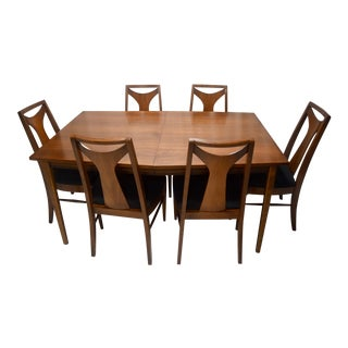 Mid-Century Modern Kent Coffey Perspecta T-Back Walnut Dining Set For Sale