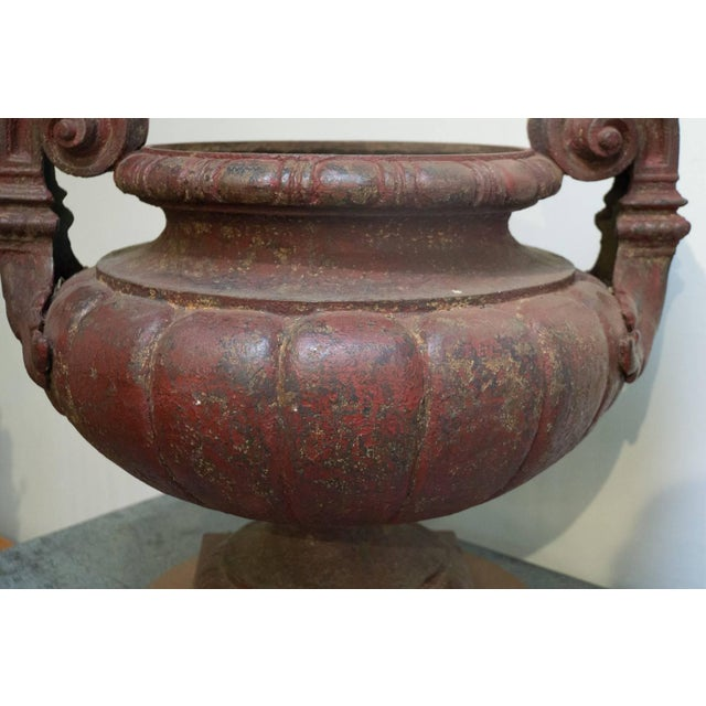 Antoine Durenne Foundry 19th Century Cast Iron Medici Urns Cast by Durenne-Founder in Aix - a Pair For Sale - Image 4 of 6