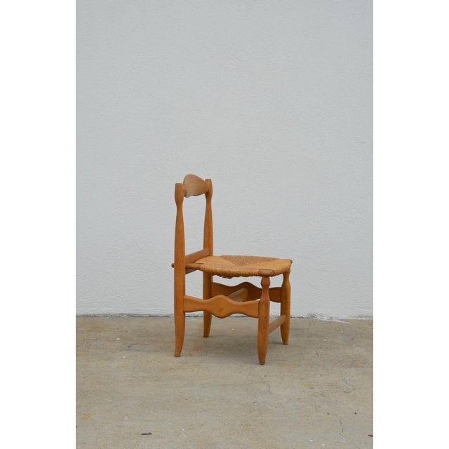 Guillerme et Chambron Rare Set of 12 Guillerme Et Chambron Blond Oak and Rush Chairs For Sale - Image 4 of 7