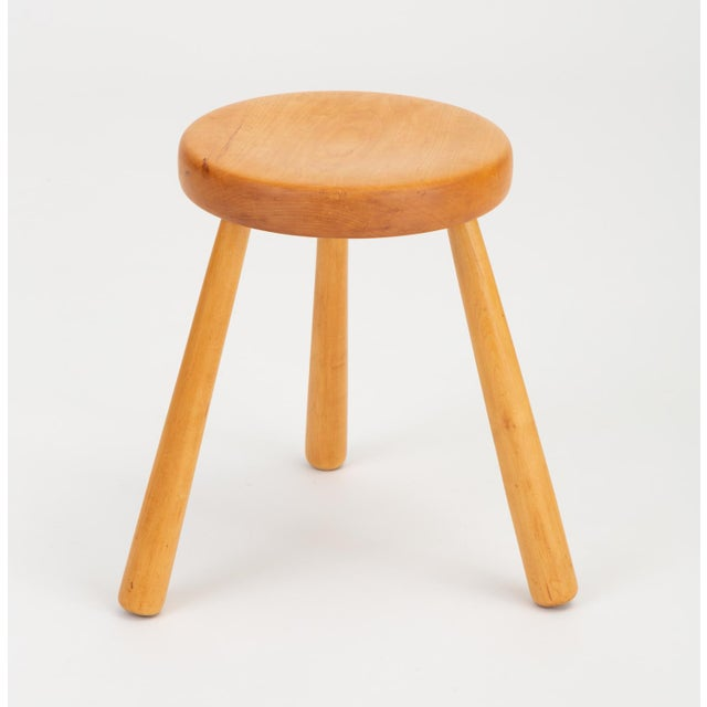 Mid-Century Modern French Rustic Modern Three-Legged Stool in Pine Wood For Sale - Image 3 of 10
