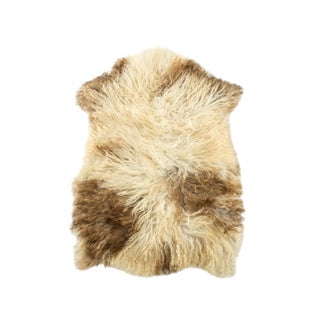 "Long Wool Sheepskin Pelt, Handmade Rug 2'3""x3'0"" For Sale"